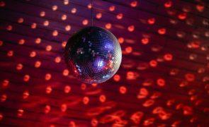 Covid-19: Desligada da corrente, discoteca alentejana resiste para reabrir portas