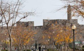 Covid-19: Israel ultrapassa os 1.800 contágios diários em quase dois meses