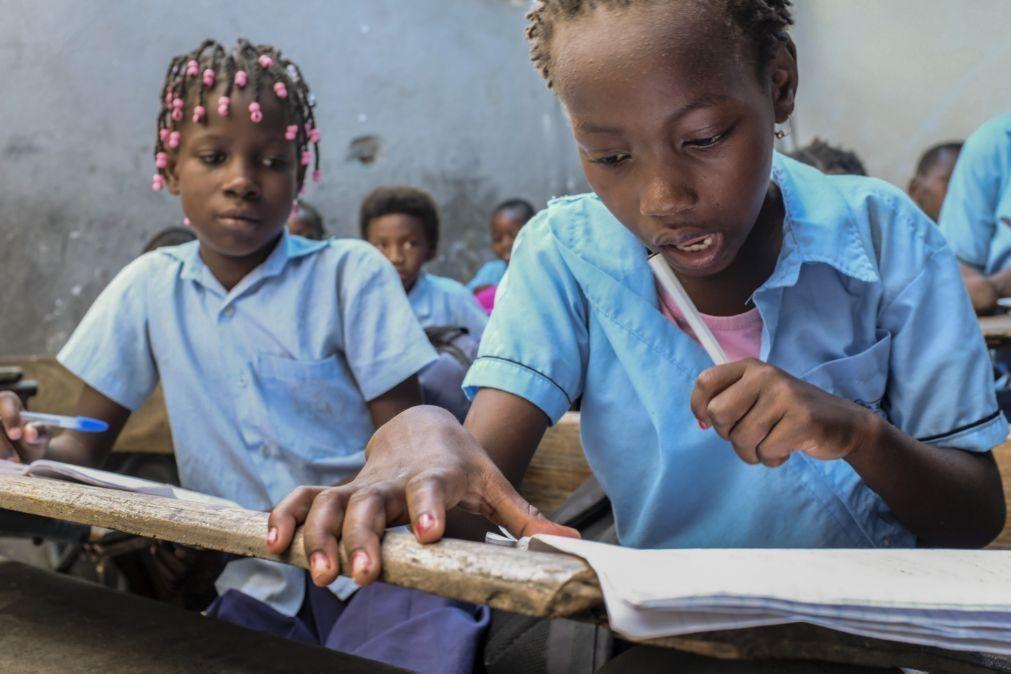 Governo moçambicano anuncia novo calendário para o ano letivo de 2021