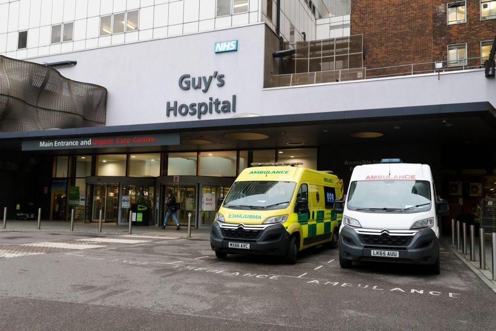 Reino Unido regista 616 mortes por covid-19 e ultrapassa 62 mil casos de infeções