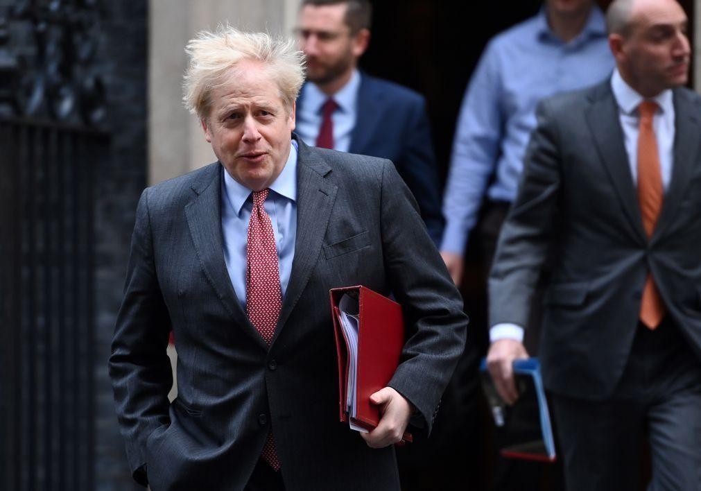 Boris Johnson em Bruxelas na quarta-feira para desbloquear impasse no Brexit