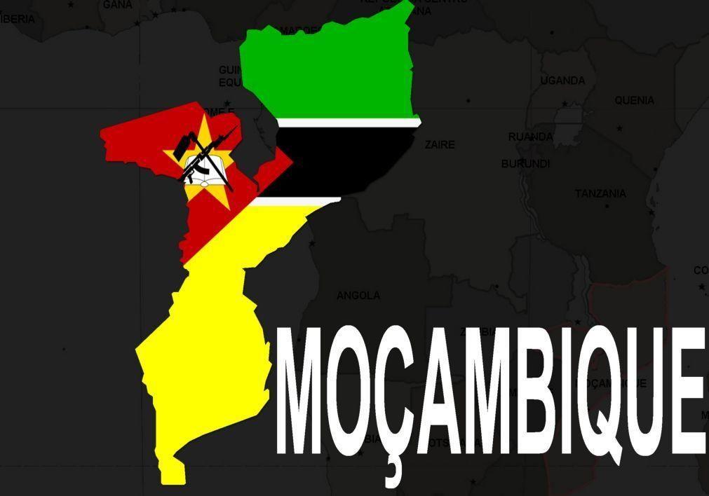 Moçambique/Ataques: Viaturas incendiadas e acesso terrestre a Palma bloqueado - fontes locais