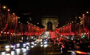 Covid-19: França regista quase 15 mil novos casos em 24 horas