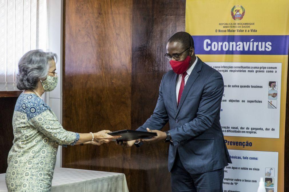 Covid-19: Moçambique prevê começar vacinação em meados de 2021 - ministro