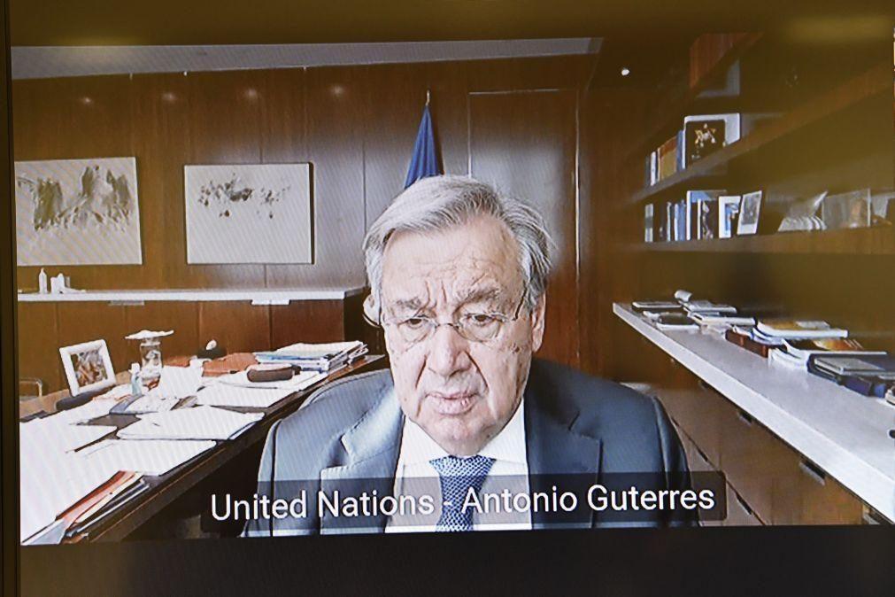 Covid-19: Guterres critica corrida dos países ricos à vacina e pede apoio para África