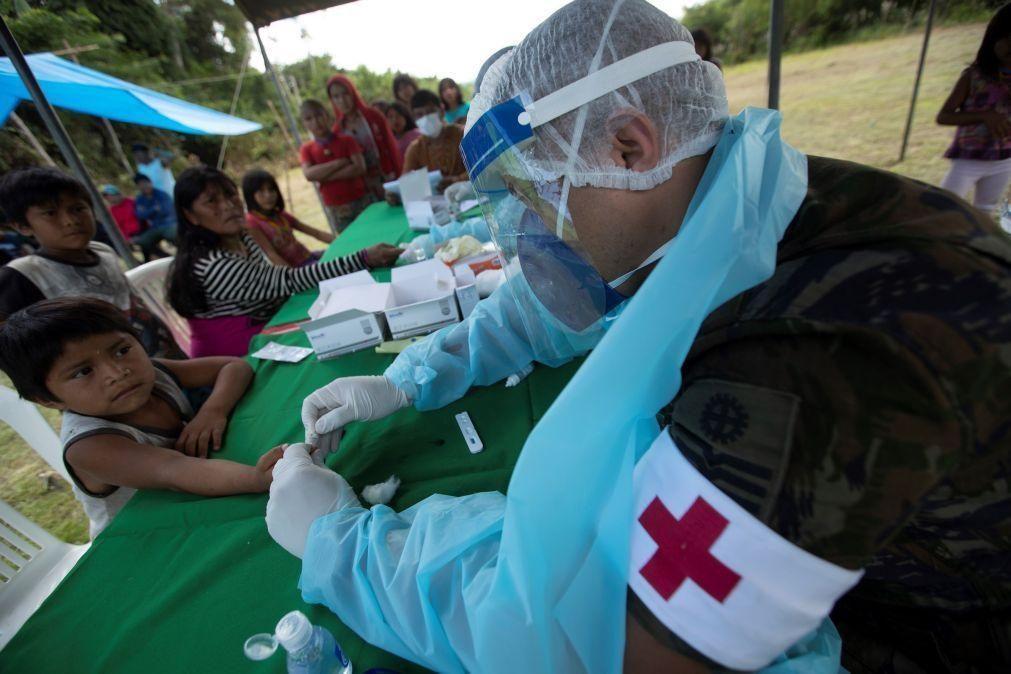 Covid-19: Brasil excede 6,7 milhões de infeções após somar 53.453 casos em 24 horas