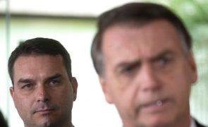 Oposição quer saber se serviço de espionagem ajudou defesa do filho de Bolsonaro