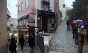 Covid-19: Comerciantes de Sintra lutam pela retoma em dia de novos horários