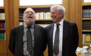 Mario Vargas Llosa e Fernando Savater criticam nacionalismos e populismos