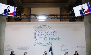 Macron anuncia referendo para inscrever luta pelo clima na Constituição