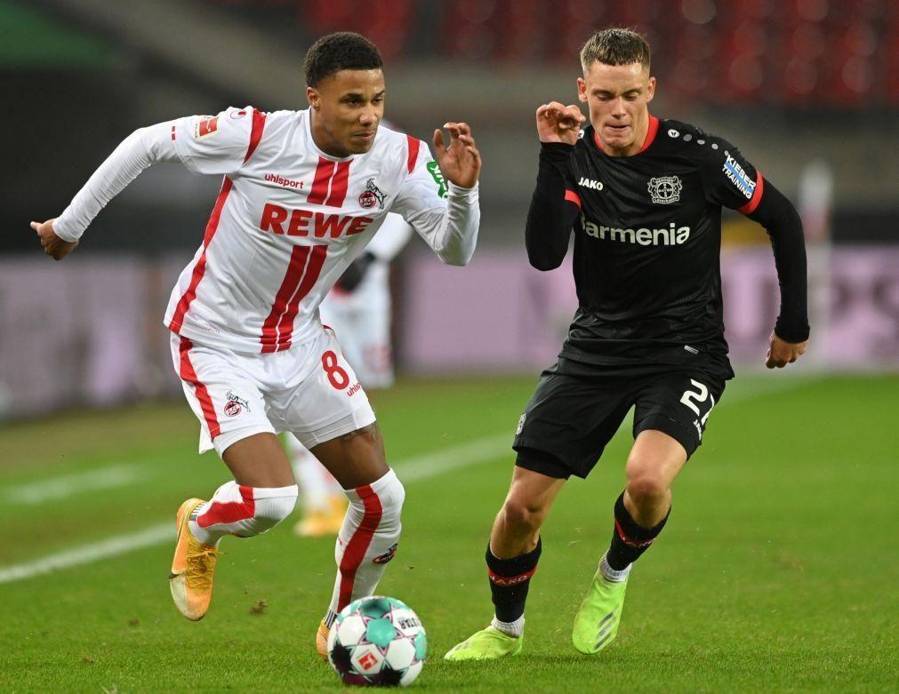 Leverkusen goleia Colónia e continua líder com Bayern e Leipzig na perseguição