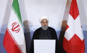 Rohani confiante que Biden retome compromissos dos EUA sobre o nuclear iraniano