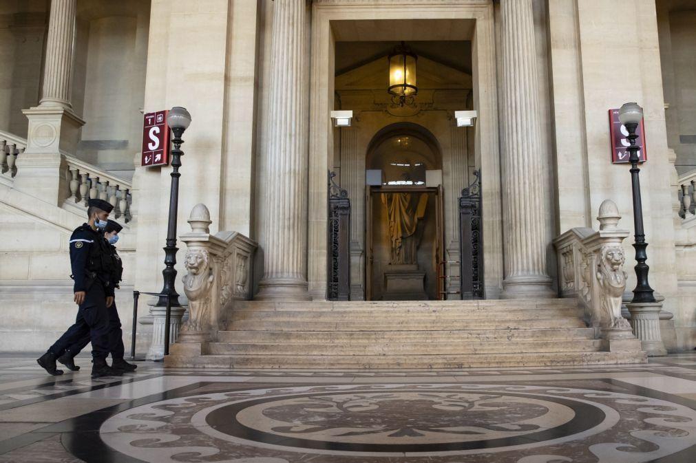 Terrorista neutralizado no comboio Thalys condenado a prisão perpétua