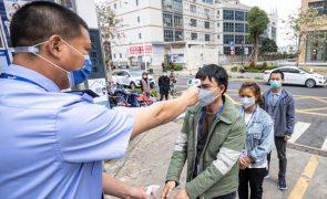 Covid-19: China vai vacinar 50 milhões de pessoas até 12 de fevereiro próximo