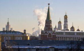 Covid-19: Rússia regista 611 mortes e mais de 28 mil novos casos em 24 horas