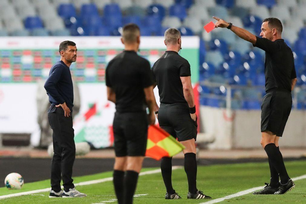 Portugal mantém 36 árbitros internacionais em 2021 e cinco no novo quadro de VAR