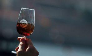 Candidaturas a apoios de 6 ME para promoção de vinho no estrangeiro abertas este mês