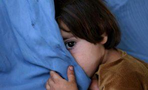 Covid-19: UNICEF pede que se garanta interesse das crianças acolhidas nas visitas de Natal