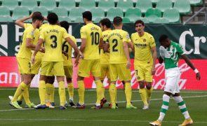 Covid-19: UEFA dá vitória ao Villarreal por falta de comparência do Qarabag na Liga Europa