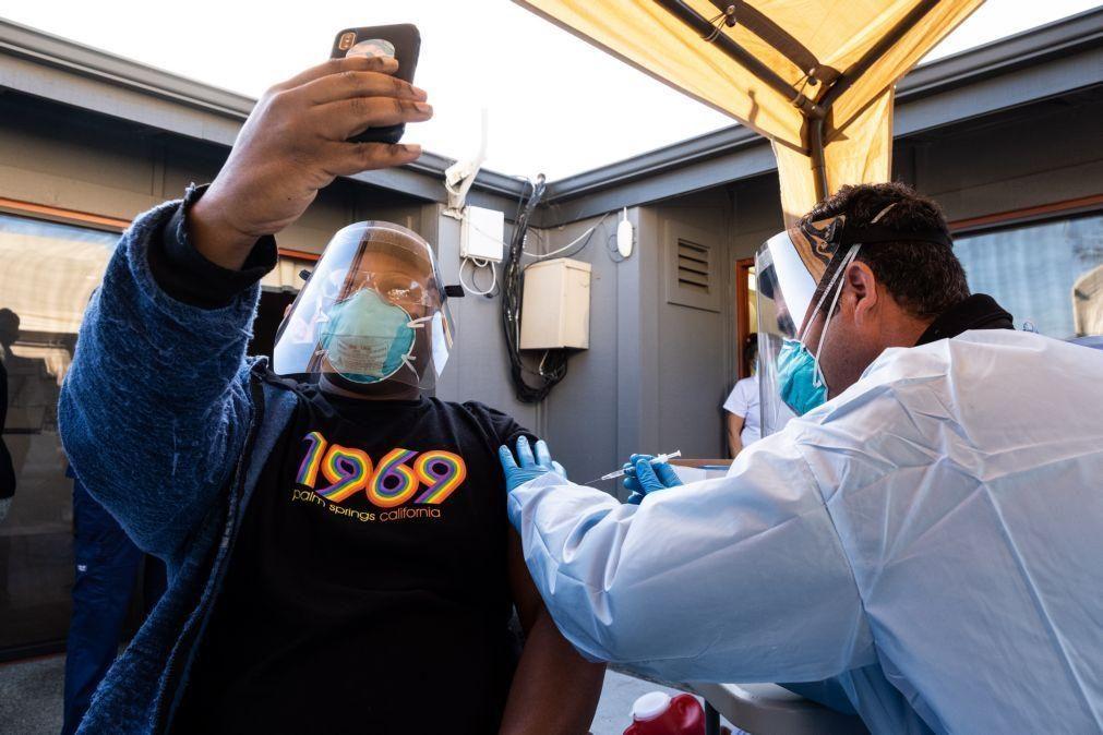 Covid-19: EUA registam quase três mil mortos e mais de 215 mil casos em 24 horas