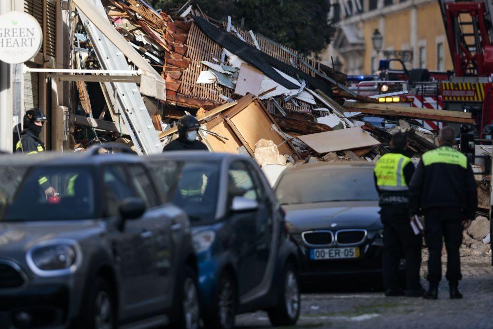 Falta localizar um dos moradores do prédio que ardeu em Lisboa