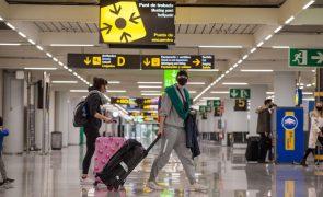 Espanha reforça controlo de viajantes provenientes do Reino Unido e pede coordenação na UE
