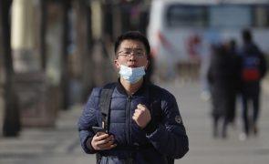 Covid-19: China soma 21 casos importados e dois por contágio local