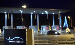 Covid-19: Suécia fecha fronteira com Dinamarca para evitar nova estirpe