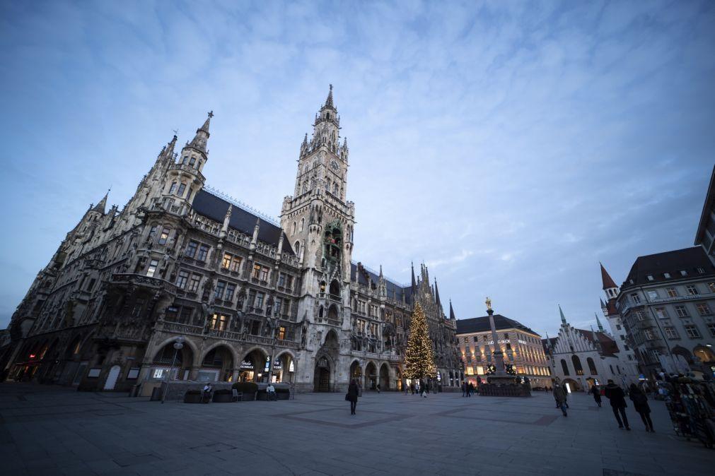 Covid-19: Alemanha regista 802 mortes e 32.195 novos casos em 24 horas