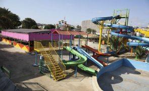 Primeiro parque de diversão em Cabo Verde abre para juntar famílias