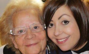Fátima Lopes dedica palavras emocionantes à mãe que morreu de covid-19