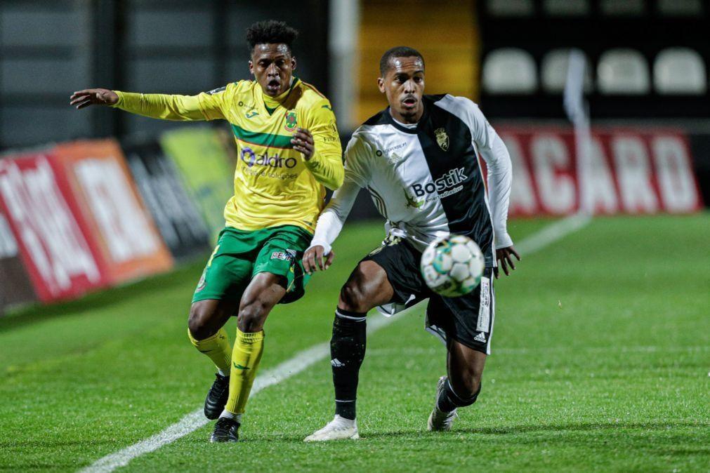 Farense e Paços de Ferreira empatam com golos marcados na segunda parte