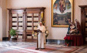 Papa retira a gestão de fundos da Secretaria de Estado do Vaticano