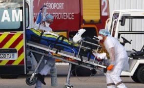 Covid-19: França regista 2.960 novos casos nas últimas 24 horas