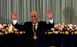Presidente da Argélia anuncia regresso mas ainda a recuperar da covid-19