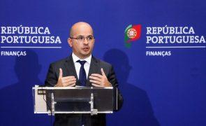 Ministro das Finanças infetado com covid-19