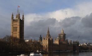 Brexit: Câmara dos Lordes do parlamento britânico aprova acordo comercial com a UE