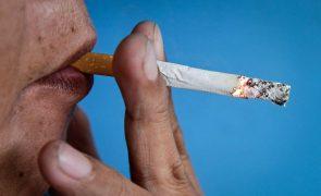 Termina hoje o prazo para espaços públicos fechados se adaptarem à lei do tabaco