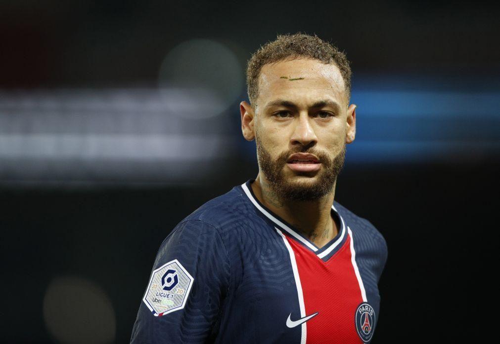 Ministério Público brasileiro investiga suposta festa de passagem de ano de Neymar