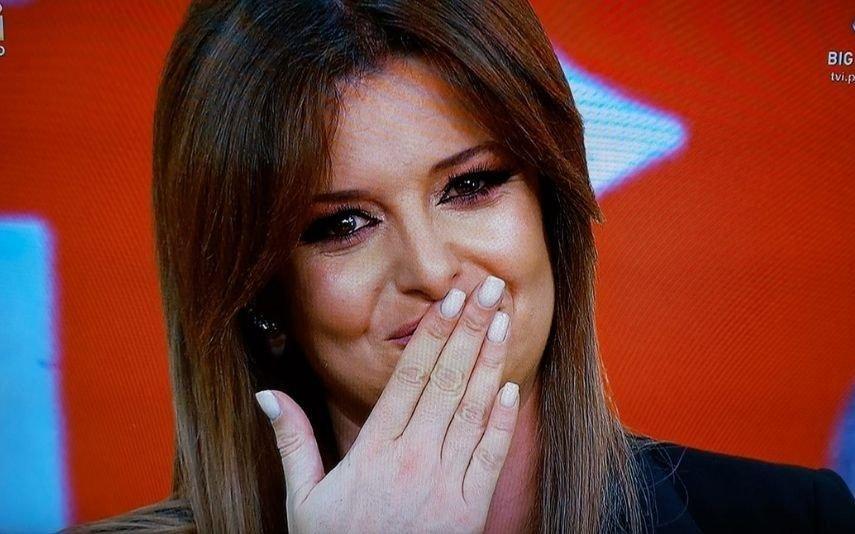 Maria Botelho Moniz Desfaz-se em lágrimas na despedida do
