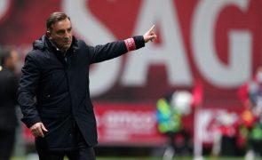 Carlos Carvalhal garante Braga a discutir vitória em Alvalade apesar das baixas