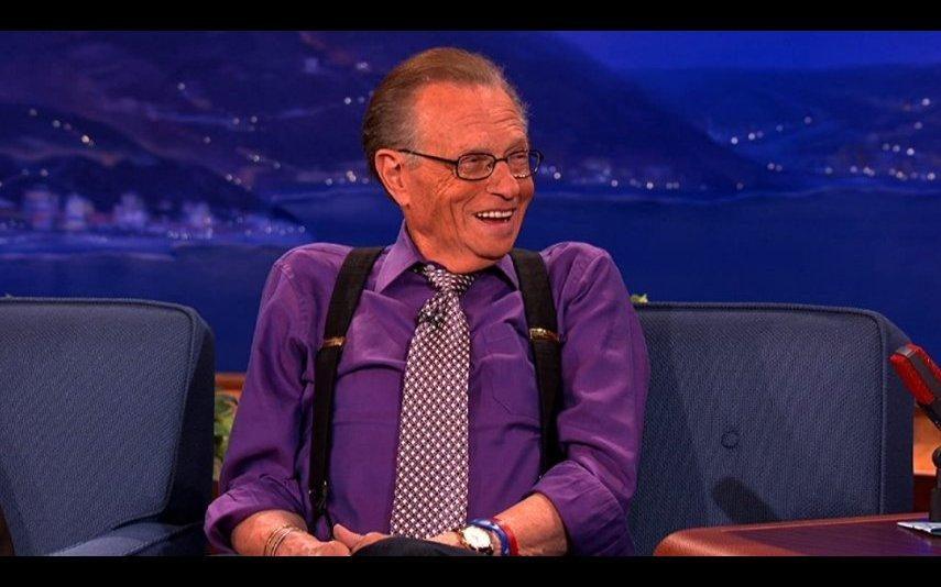 Larry King Apresentador, de 87 anos, hospitalizado com covid-19