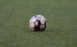 Jogo Santa Clara-Benfica suspenso devido ao mau tempo