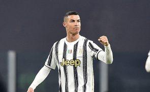 Cristiano Ronaldo 'bisa' e assiste no triunfo da Juventus 4-1 à Udinese