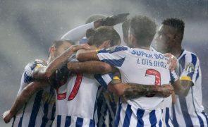 FC Porto vence Moreirense e sobe provisoriamente a segundo na I Liga [resumo alargado]