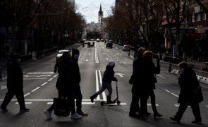 Covid-19: Espanha soma 30.579 novos casos e 241 mortes desde quinta-feira