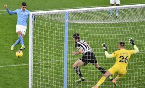 Covid-19: Novo confinamento não vai afetar competições profissionais em Inglaterra
