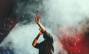 Prémios Grammy adiados para março devido à pandemia
