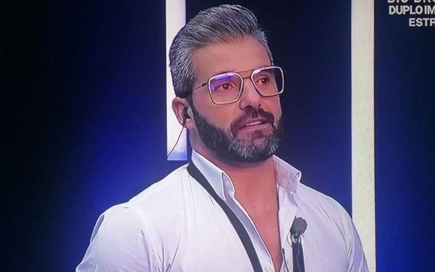 Big Brother - Duplo Impacto Reviravolta! Hélder ameaça desistir do reality show da TVI