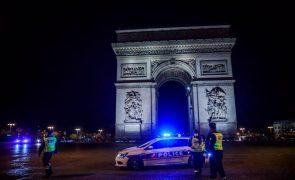 Covid-19: França regista mais de 25 mil novos casos